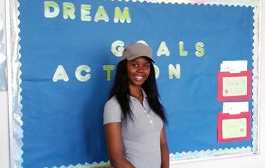 Recent Ombudsman Chicago graduate, Destiny Wright, works with the school's summer outreach team, assisting with student recruitment and enrollment.